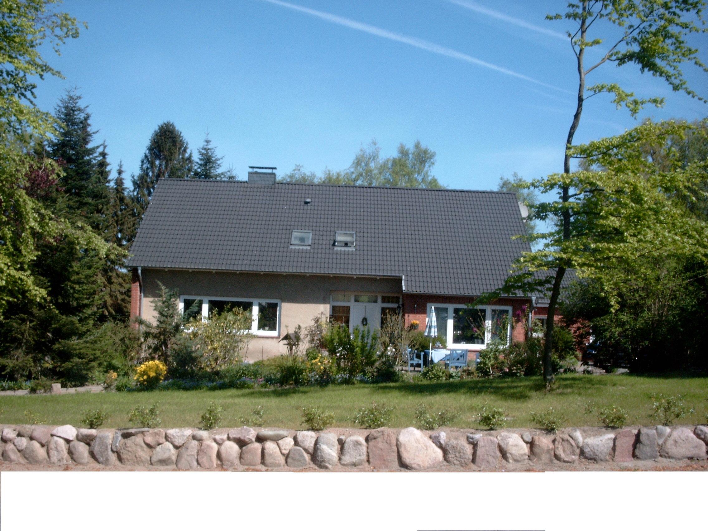 Ferienwohnung Haus Tannenhof    Bad Malente