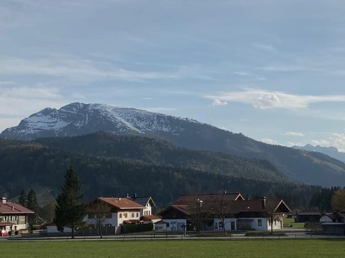 Ferienwohnung Ferienwohnung Alpenzauber